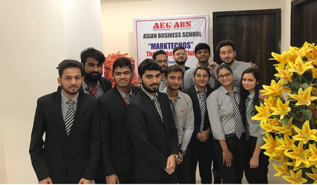 """ABS's Marketing Club, MARKETECHOS organizes an engaging activity – Marketing Quiz, """"MARKETING TRIVIA"""" – for PGDM students"""