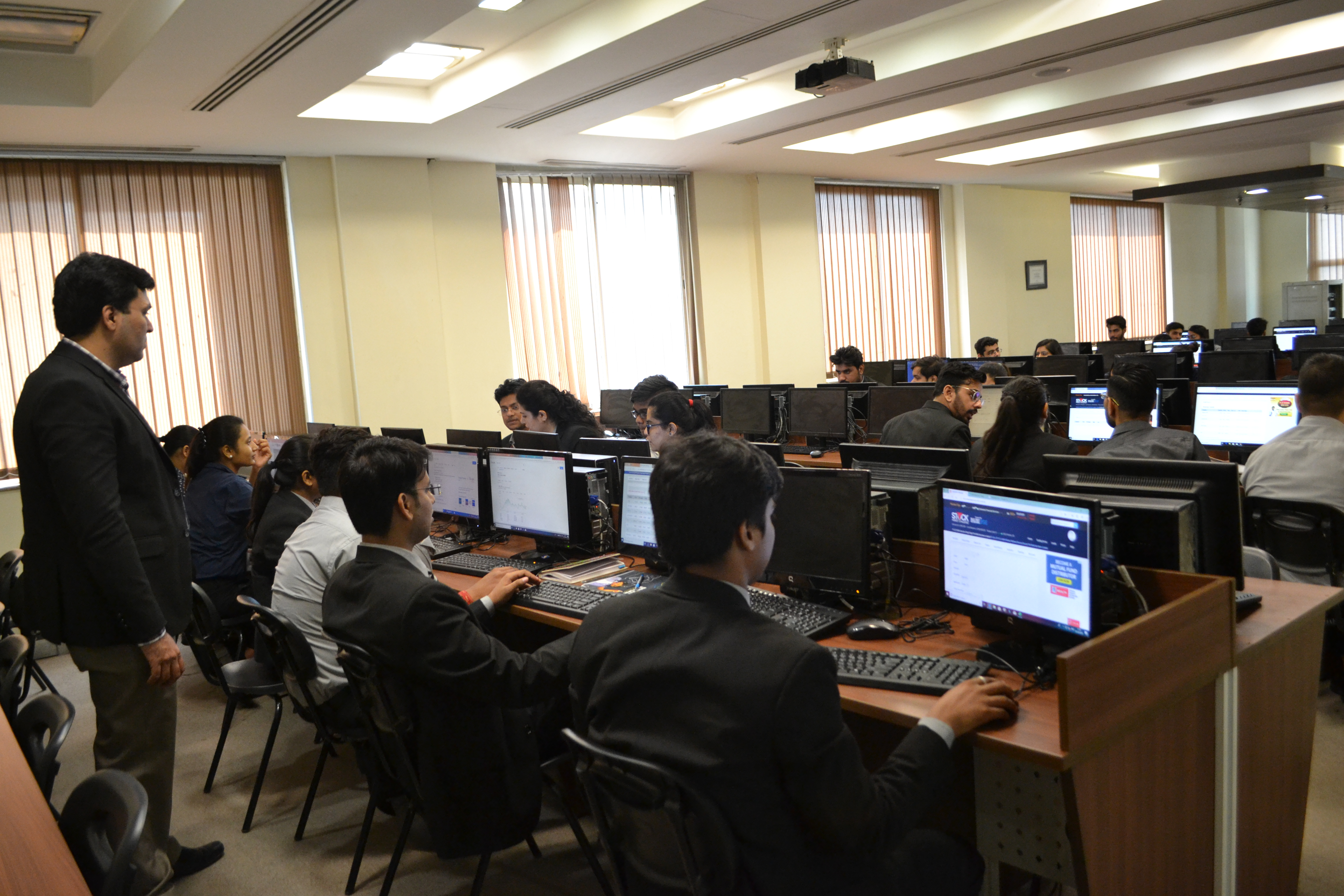 """ABS's Finance Club, BULLS n BEARS organizes an educative activity – """"MOCK STOCK: Test Your Trading Skills"""" – for PGDM-I students"""
