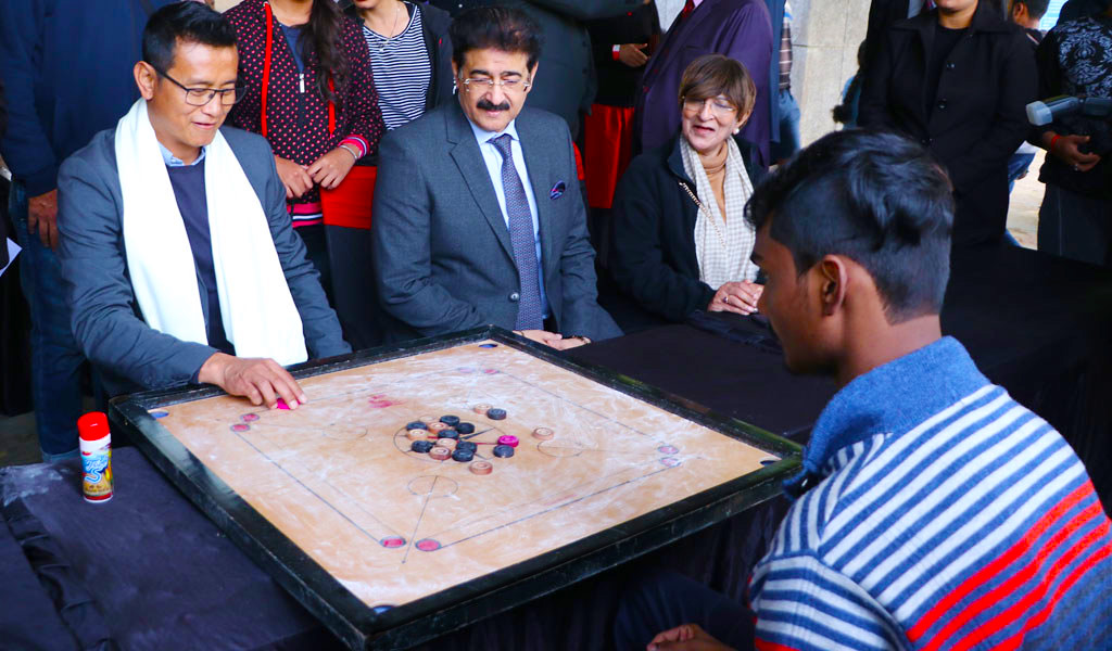 Game of Carrom brings-out the best in students at AEG's 8th Annual Inter-College Sports Festival, ATHLEEMA 2020!