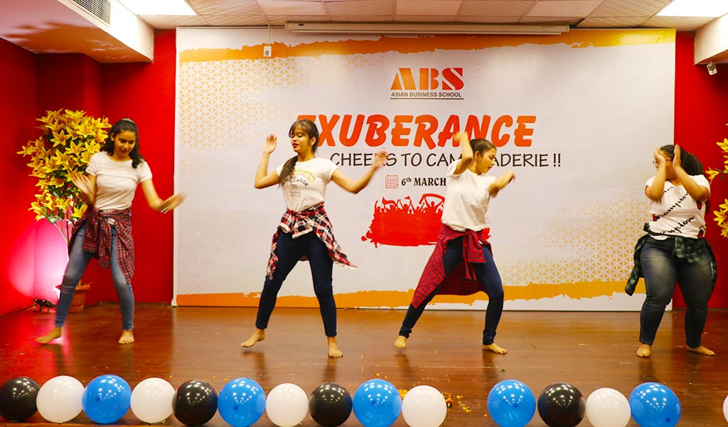 """ABS PGDM students participate in the cultural-cum-sports warm-up event """"EXUBERANCE 2021"""" with great energy and enthusiasm!"""